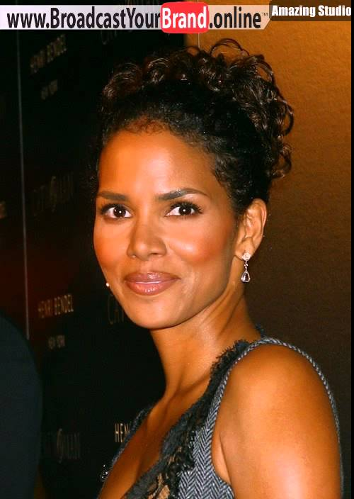 Short Curly Hairstyle From Halle Berry Youtube