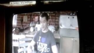 Универ: Кузя поёт песню шняга - шняжная на ангийском языке
