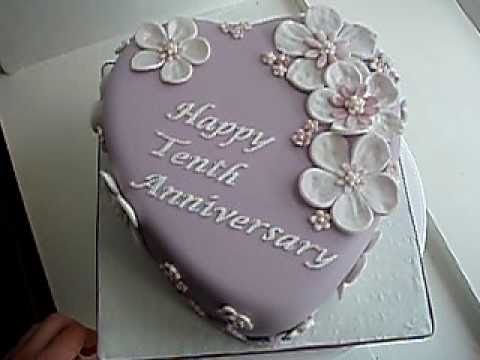 Tenth anniversary heart shaped cake youtube for 10th wedding anniversary decoration ideas