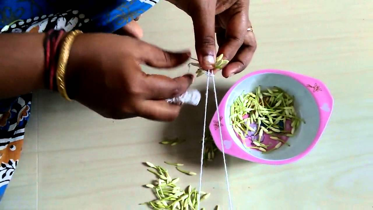 Easy way to string flowers in tamil youtube easy way to string flowers in tamil izmirmasajfo