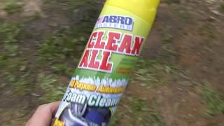 Чистка сидения пенным очистителем ABRO
