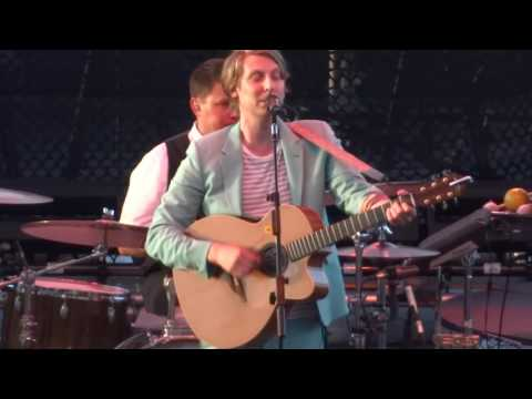 "Eric Hutchinson - ""Tell the World"" (Live in San Diego 6-17-16)"
