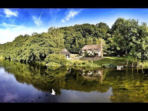 Hideaways.co.uk - Undercastle Cottage, New Forest (Music - Sigur Ros)