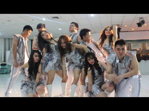BNI 46 (WMO 46'Ers Dance Team) - Juara Lomba Kreasi Seni 2013