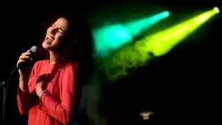 DOMINIKA ZIOŁO - True Colors (Cyndi Lauper/Phil Collins cover)