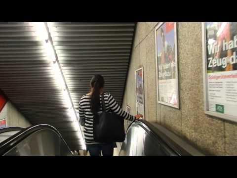 Munich - Walking to the U1 and U2 platforms at Hauptbahnhof 2014 08 21