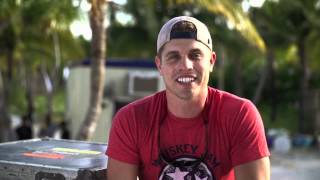 """On The DL"" with Dustin Lynch - Ep 1: Crash My Playa"