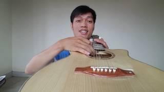 Đàn guitar giá rẻ 900k ET2