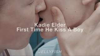 First Time He Kissed a Boy – Kadie Elder | Español