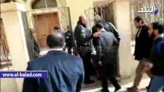 بالفيديو والصور.. وصول 'عز' لمحاكمته فى قضية 'حديد الدخيلة'