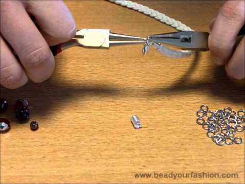 Schmuck herstellen  Schmuck herstellen - DIY Projekt 1: Ein geflochtenes Armband mit ...
