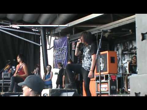 Escape The Fate - Ashley - Calgary Warped Tour 2009 (HQ)