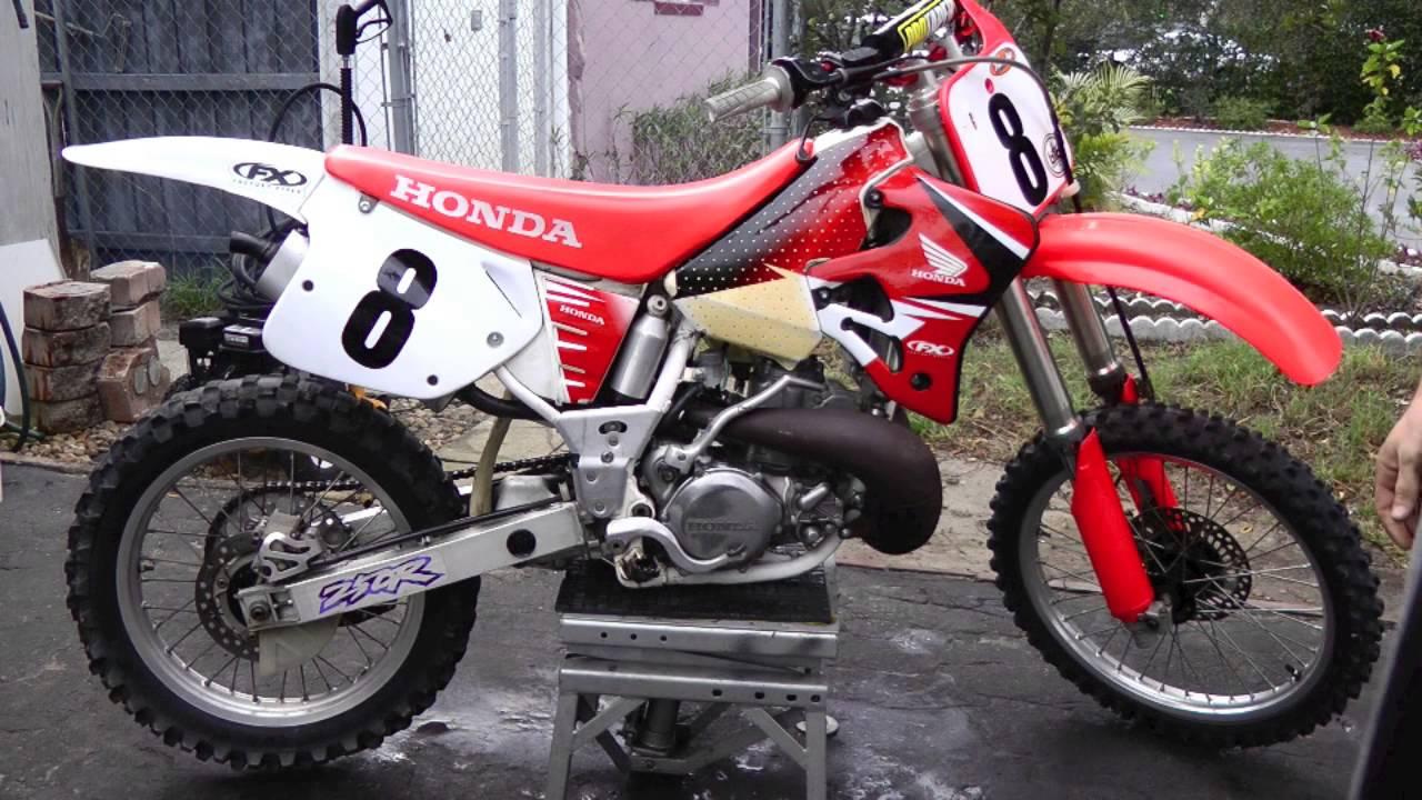 1994 Honda cr250r 2 stroke dirtbike - YouTube