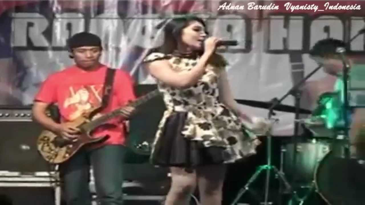 DANGDUT KOPLO HOT OM SERA VIA VALLEN ALL OF ME LIVE BOYOLALI - YouTube