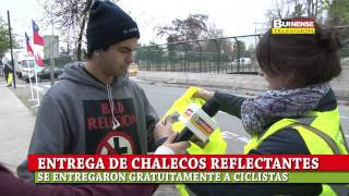 MUNICIPALIDAD DE BUIN Y RUTA DEL MAIPO ENTREGARON CHALECOS REFLECTANTES DE SEGURIDAD A CICLISTAS