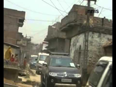 Prakash Jha Campaigns In East Champaran, Seeks Votes