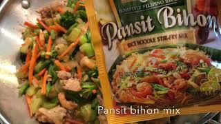 # 17 Philippine Food: Pancit Bihon