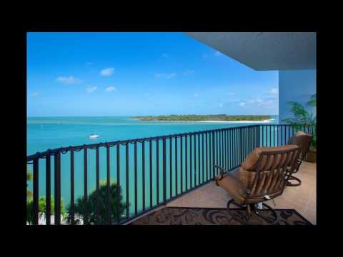 700 La Peninsula Blvd #404 Naples FL - Waterfront condo for sale - Michelle Thomas - Sotheby's