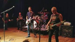 "Private Concert - G4 2017 Doug Doppler, Phil Collen, Paul Gilbert playing ""Hysteria"""