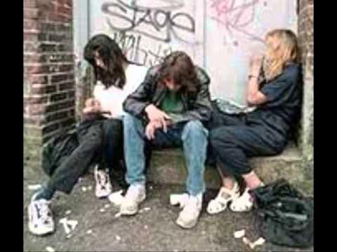 A los adolescentes el alcoholismo se desarrolla como la enfermedad