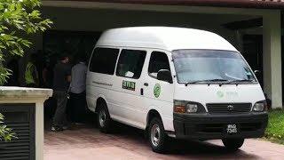 Plainclothes cops raid Najib's alleged 'safe house' in Putrajaya