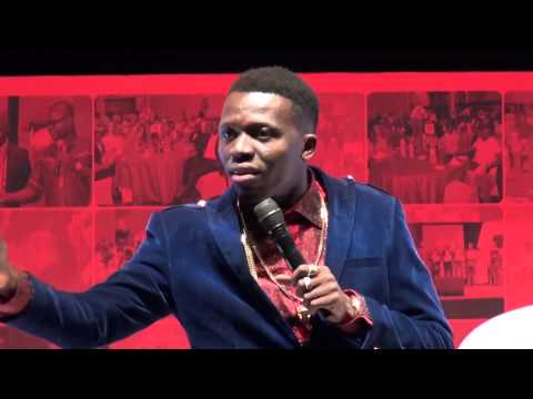 Video Comedy: Akpororo Making Fun of Airtel Boss at Airtel Event