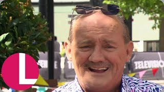 You'll Never Guess How Long It Takes Brendan O'Carroll to Transform Into Mrs. Brown! | Lorraine