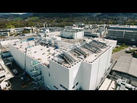 HECHT - Pfizer: Continuous Manufacturing in the Pharmaceutical Industry