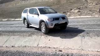 Video Daihatsu Terios ~ DAİHATSU TERİOS VS MİTSUBİSHİ L200 TEST