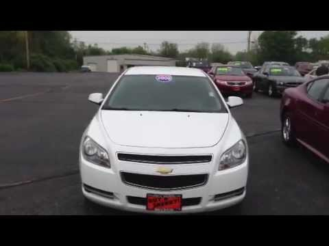 2009 Chevrolet Malibu Lt W 2lt Sedan White For Dayton Troy Piqua Sidney Ohio Cp13454