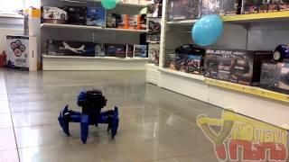 Обзор радиоуправляемого робота-паука Wow Stuff Attacknid Stryder Doom Razor CC-1003