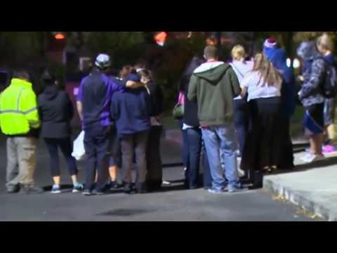 Washington mall shooting 4 dead Muslim man on the run