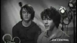 Jonas Brothers: I Think I Love Him CHAPTER 1