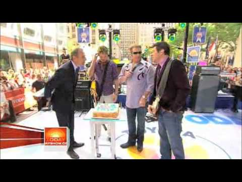 """Summer Nights"" performance from the Today Show"