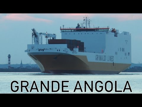 Ship GRANDE ANGOLA inbound Port of Hamburg | Welcome Point Wedel | 28.09.14