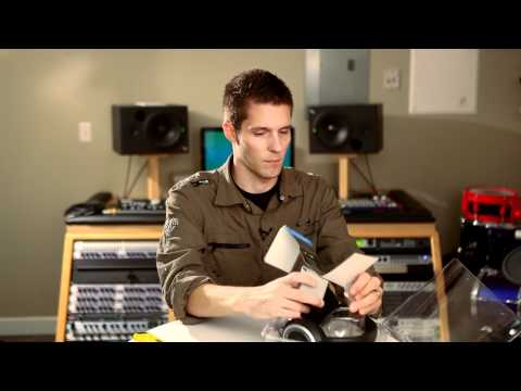 unboxing-and-tour-of-the-sennheiser-hd-439