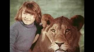 WOW:Берберовы: трагедия 1980  года. Члены семьи и  домашние питомцы - Лев  из кинофильма...