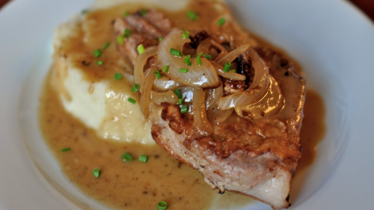 Pan gravy recipe pork chops for Best gravy for lamb