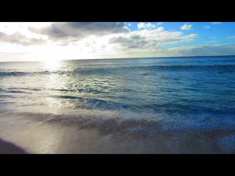 Peaceful Pacific. Power of Mother Nature.  Banzai Pipeline.