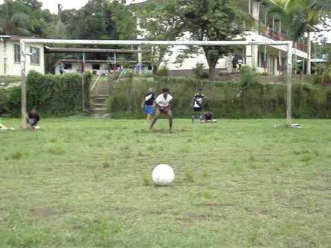 Madventurer Fiji - Lautoka Arya Samaj Sports Day, Soccer Penalty Shoot Out. Great Goals!