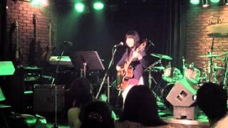 長崎で活動中の15才、momoのつくった曲です。2015/2/22長崎ティンパンア...