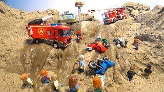 LEGO DAM BREACH   LEGO C TY F RE RESCUE