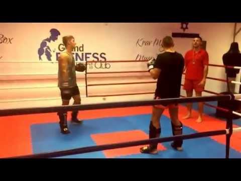 Florin Dumitrescu Fight Club Sparring 19.09.2014 Remus vs Robert