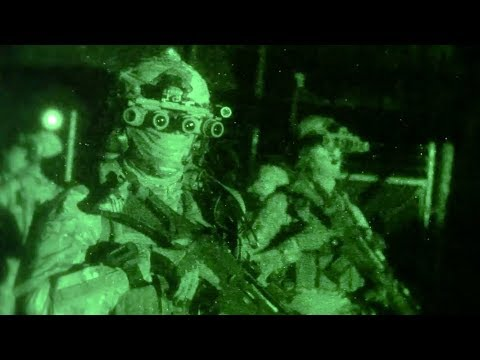 GREEN BERETS own the night (10TH Special Forces Group - Airborne)