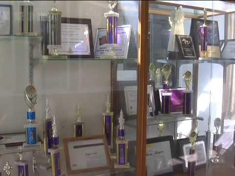 Students, Staff Say Farewell to Higgins Hall