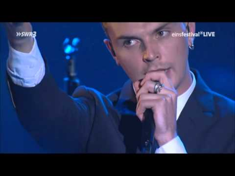 Hurts   Wonderful Life -  Live...