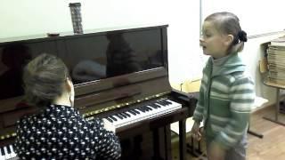 Урок по вокалу. Дети.