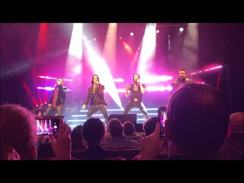 Home Free A Country Christmas Full Concert 12-23-17 Atlanta, GA