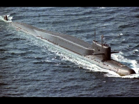 The First Nuclear Submarine in The World - HERO SHIPS USS Nautilus