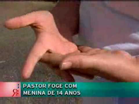 Pastor foge com menina de 14 anos